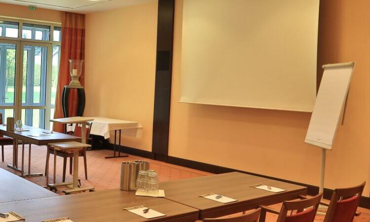 Konferenzraum Ausstattung & Technik im Tagungshotel Freden